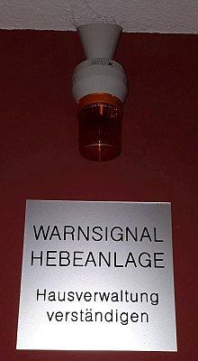 Warneinrichtung Hebeanlage